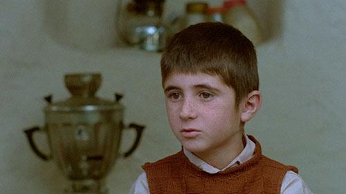 Splitscreen-review Image de l'édition Blu-ray de la trilogie de Koker de Abbas Kiarostami édité par Potemkine Films